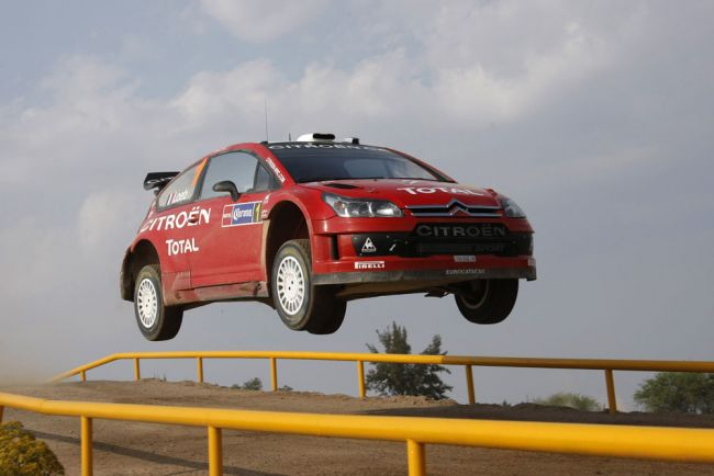 Rally_Mexico_flying.jpg