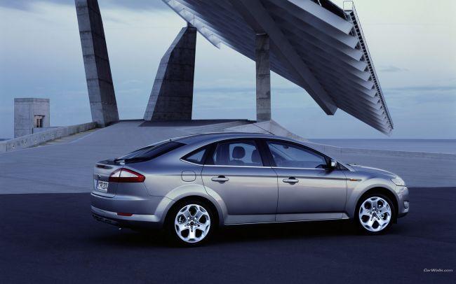 Ford_Mondeo_404_1920x1200.jpg